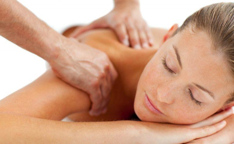 Learn shoulder massage techniques at IKRA!